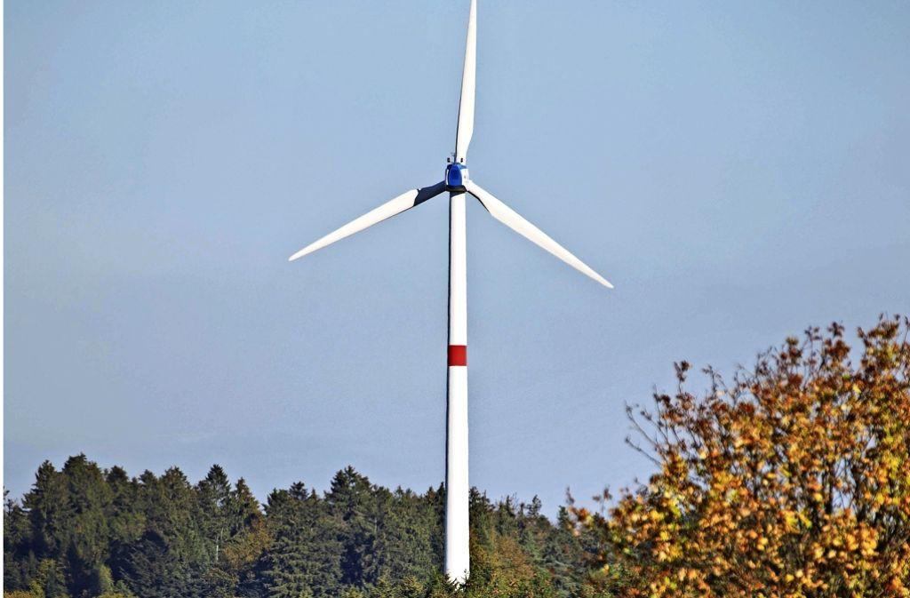 Bisher gibt es nur ein einziges Windrad im gesamten Rems-Murr-Kreis. Foto: Gottfried Stoppel