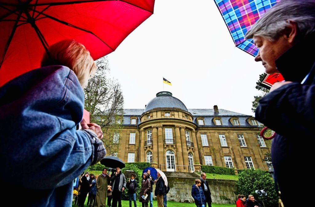 An die hundert Besucher nahmen an der Eröffnungsführung teil. Foto: Lichtgut/Volker Hoschek