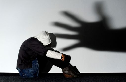 Zwei 13-jährige Mädchen sexuell  missbraucht