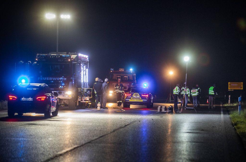 Bei dem Unfall sind ein Mensch getötet und drei weitere verletzt worden. Foto: 7aktuell.de/Simon Adomat
