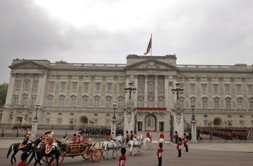 Mitarbeiter stiehlt im Buckingham-Palast – Haftstrafe