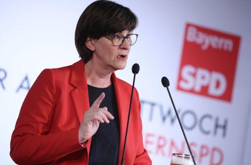 SPD-Chefin Esken:Spahn bedient Klischees am rechten Rand