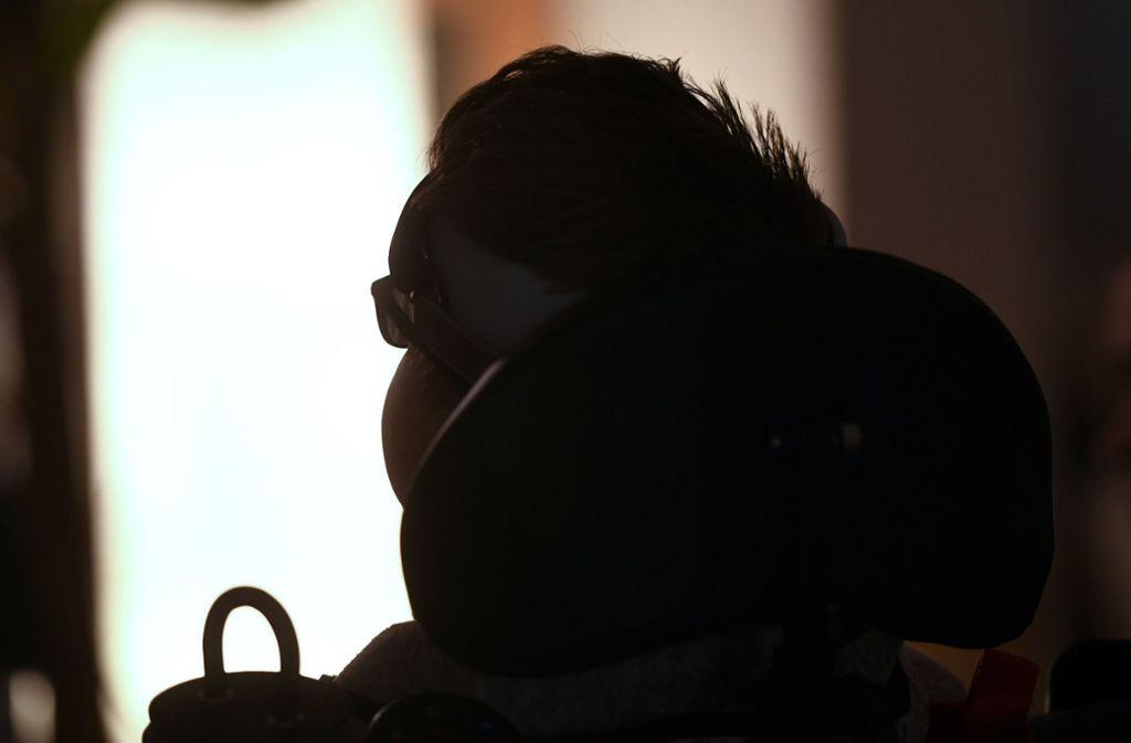 Der Lebensgefährte von Herrn Z. war auf einen Rollstuhl angewiesen. Foto: dpa