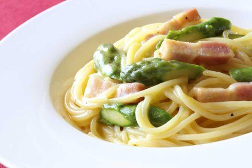 Drei schnelle Pasta-Rezepte mit Spargel