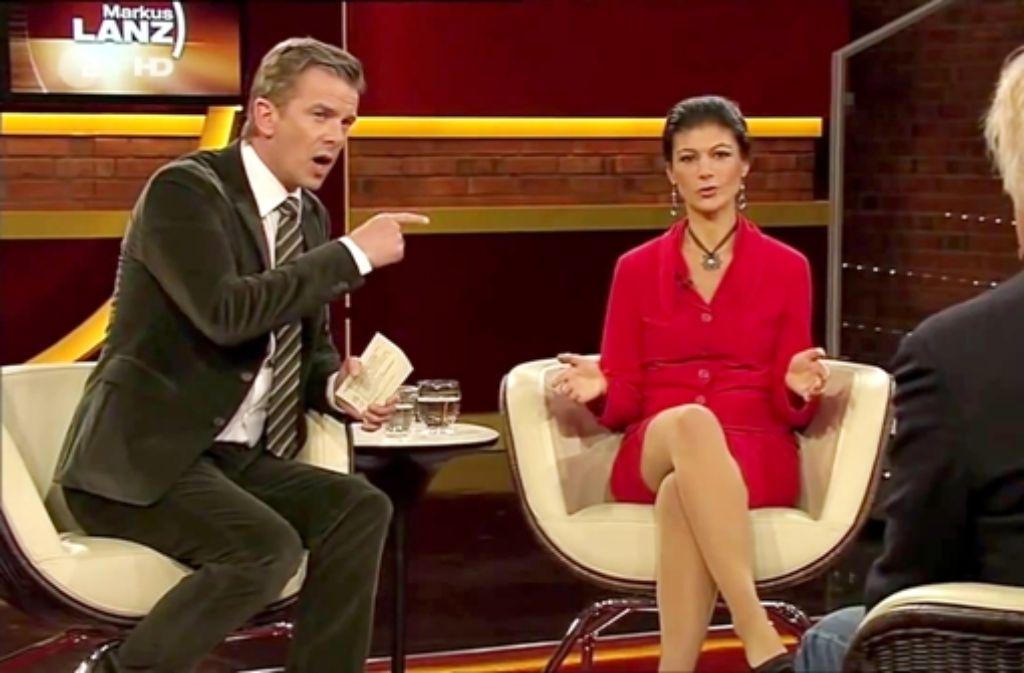 Weil Markus Lanz im Interview mit der Politikerin Sahra Wagenknecht zu hart umgegangen sein soll, fordert eine Petition seinen Rauswurf beim ZDF. Foto: ZDF
