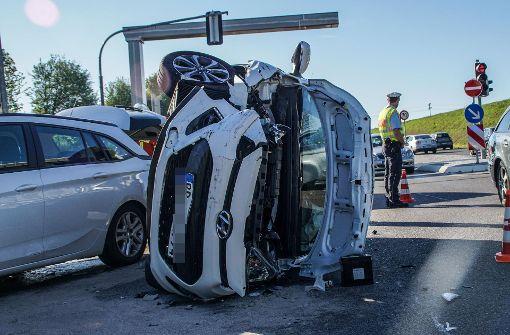 Gaffer verursachen nach Unfall weiteren Crash