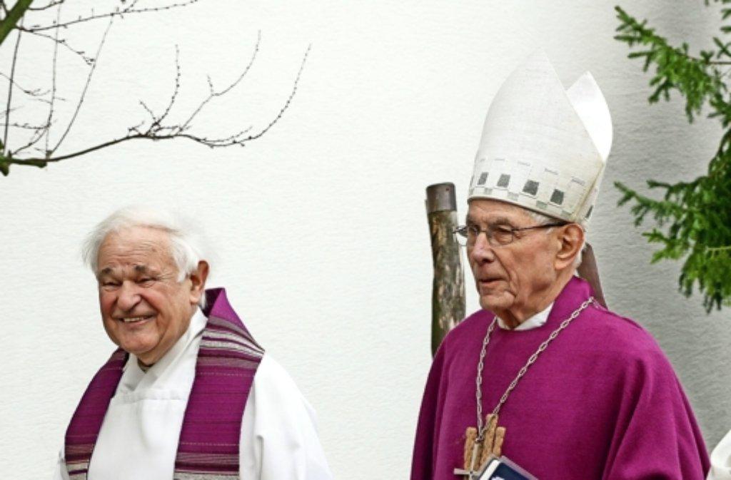 Der  emeritierte Weihbischof Franz Josef Kuhnle (re.) hat Franz Pitzal vor 57 Jahren zum Diözesan-Jugendführer ernannt. Foto Foto: factum/Bach