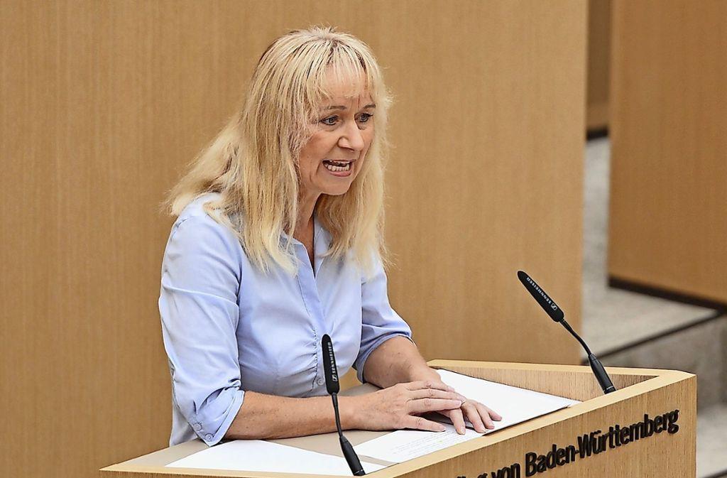 Die AfD-Abgeordnete Christina Baum forderte eine Schweigeminute im Landtag in Stuttgart. Foto: dpa