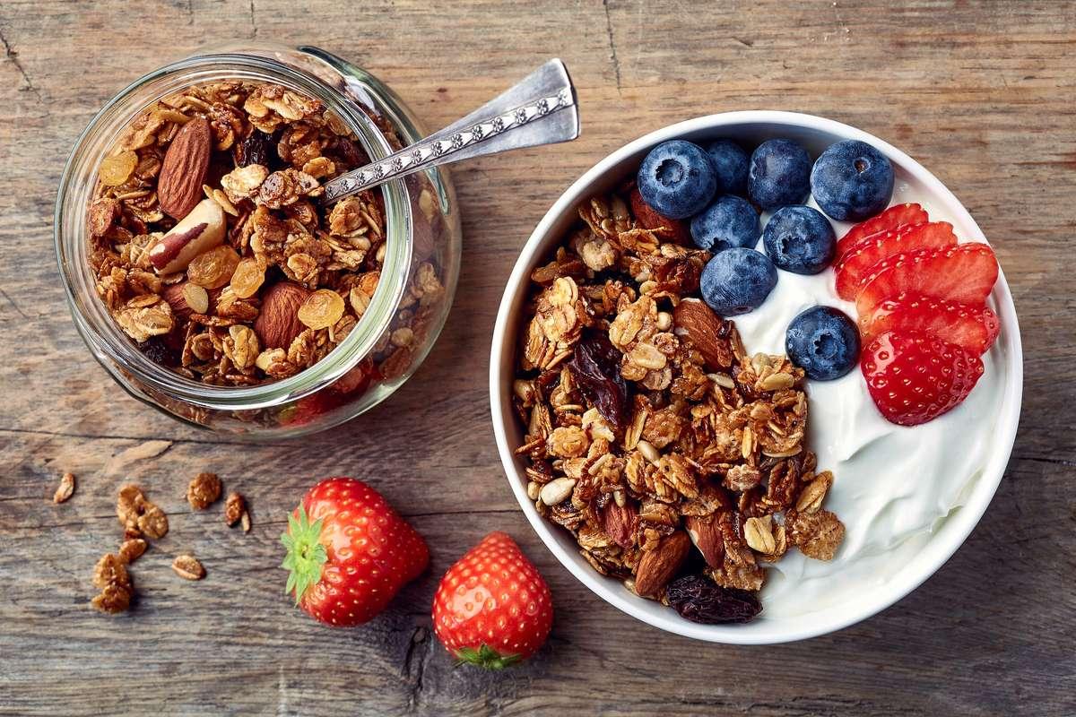 Granola selber machen geht ganz einfach. Foto: baibaz/Shutterstock