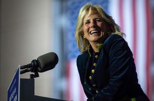 Jill Biden –  First Lady mit eigenem Kopf und Köpfchen