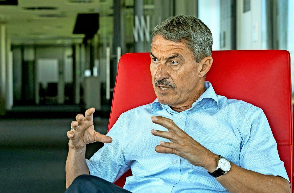 """""""Wir können extrem kleine Teilchen erfassen"""", sagt der Mann-und-Hummel-Chef Alfred Weber. Foto: factum/Weise"""
