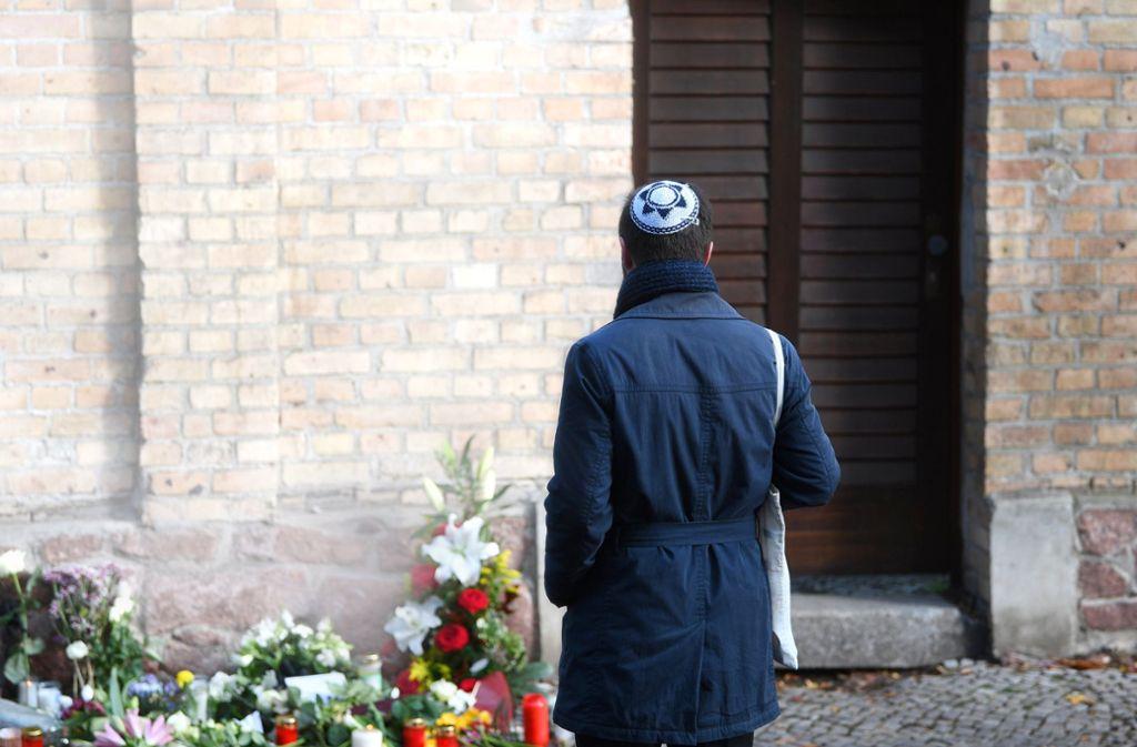Der Schock nach dem rechten Terroranschlag in Halle sitzt noch tief. Nun treffen sich die Innenminister in Berlin zu diesem Thema. Foto: dpa/Hendrik Schmidt