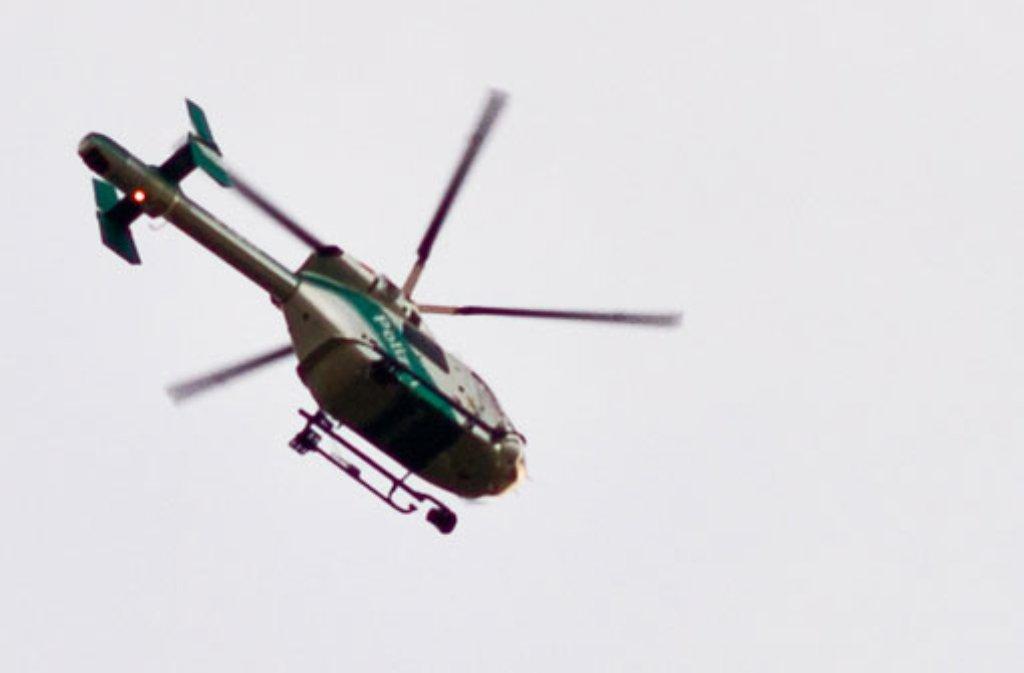 Bei einer Verfolgungsjagd in Stuttgart-Ost setzte die Polizei mehrere Streifenwagen und einen Hubschrauber ein (Symbolbild).   Foto: Leserfotograf owl_of_the_night