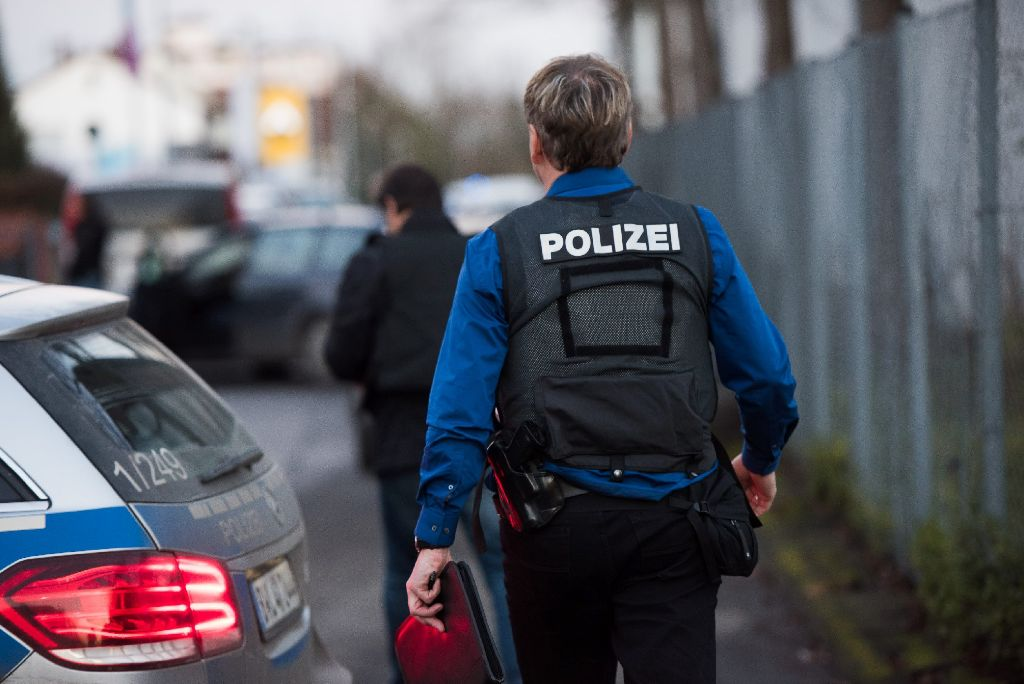 Die Polizei hat es am Dienstag in Neuhausen mit einem geflohenen Straftäter zu tun (Archivfoto). Foto: www.7aktuell.de | Oskar Eyb
