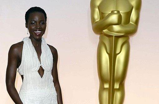 Perlenrobe von Lupita Nyongo ist weg