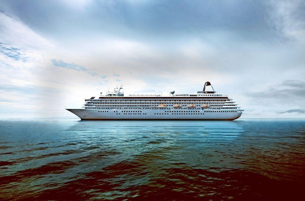 Noch bis 2021 ist es Kreuzfahrtschiffen gestattet, ihr Abwasser ungeklärt auf hoher See zu entsorgen. Foto: Lassedesignen / Adobe Stock