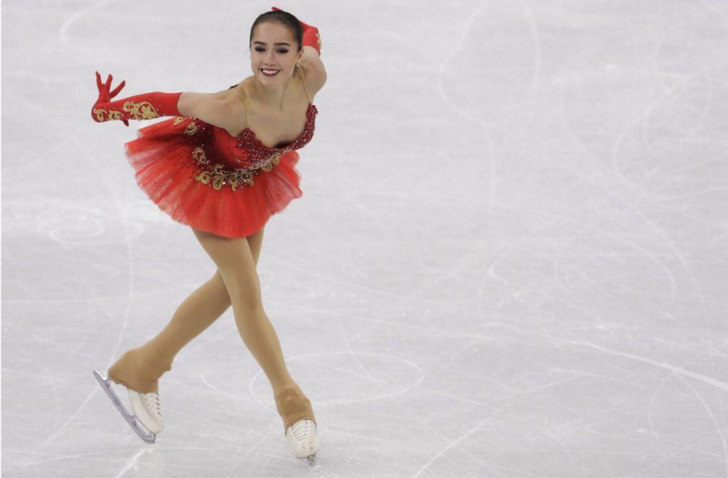 Ausrucksstarke Königin auf dem Eis: Die erst 15 Jahre alte Russin Alina Sagitowa. Foto: AP