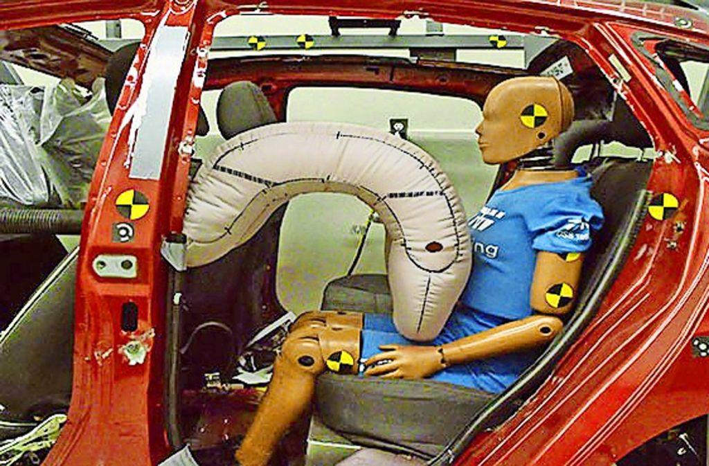 Airbags, wie hier auf dem Bild zu sehen, gehören zu den wichtigsten Produkten des Zulieferers ZF-TRW. Foto: ZF