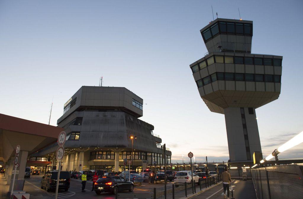 Die Berliner lieben ihren Flughafen Tegel. Das hat sich die FDP zunutze gemacht. Foto: dpa