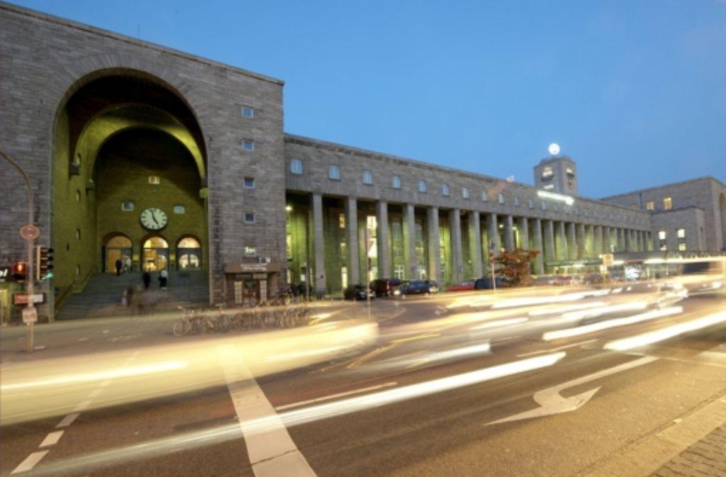 Strafanzeige gegen das Verkehrsministerium: Sind die EU-Zuschüsse für den neuen Bahnhof gerechtfertig oder nicht? Foto: dpa