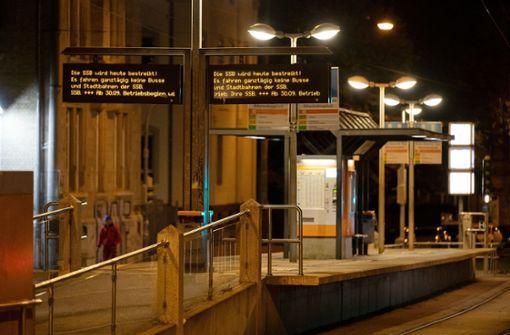 Stadtbahnen und Busse  stehen still – viel  Stau im Kessel