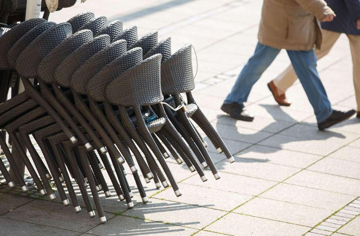 Am Donnerstag können Wirte ihre Tische und Stühle wieder aufbauen. Foto: Lichtgut/Leif Piechowski