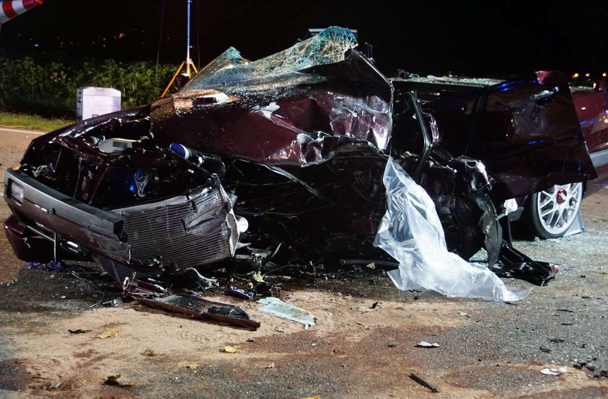 Am Freitagabend kam es bei Remseck zu einem schweren Unfall. Foto: SDMG/SDMG / Hemmann