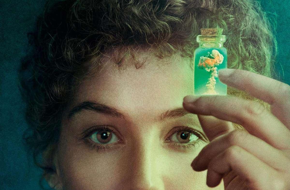 "Rosamund Pike als Titelheldin in dem Historiendrama ""Marie Curie – Elemente des Lebens"" Foto: Studiocanal"