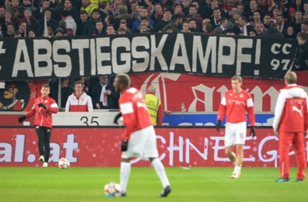 Der VfB steckt mitten im Abstiegskampf. Foto: dpa