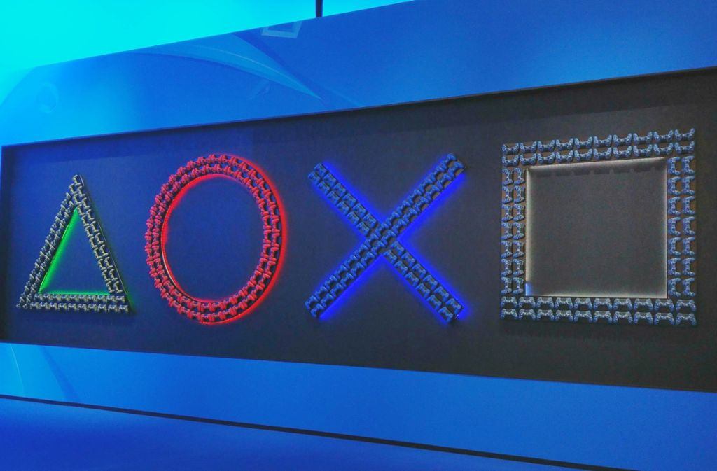 Dreieck, Kreis, Kreuz (X) und  Quadrat – diese Symbole gehören seit jeher zur Playstation und belegen vier Tasten auf deren Controller Foto: Philipp Johannßen