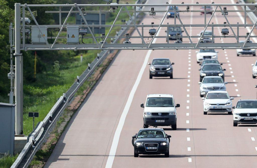 Die gescheiterte Pkw-Maut kostete den Bund bereits über 53 Millionen Euro. Foto: Jan Woitas/zb/dpa