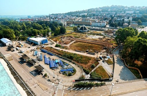 Während im Mittleren Schlossgarten die Vorbereitungen für den eigentlichen Bahnhofsbau andauern, tut sich auf dem Gelände des Grundwassermanagements nichts. Foto: Zweygarth