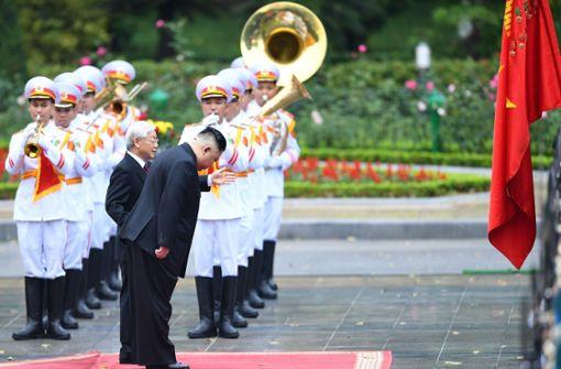 Empfang für nordkoreanischen Machthaber mit militärischen Ehren