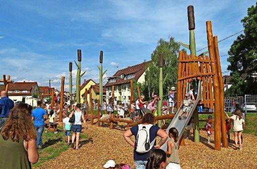 Kinder planen Spielplatz