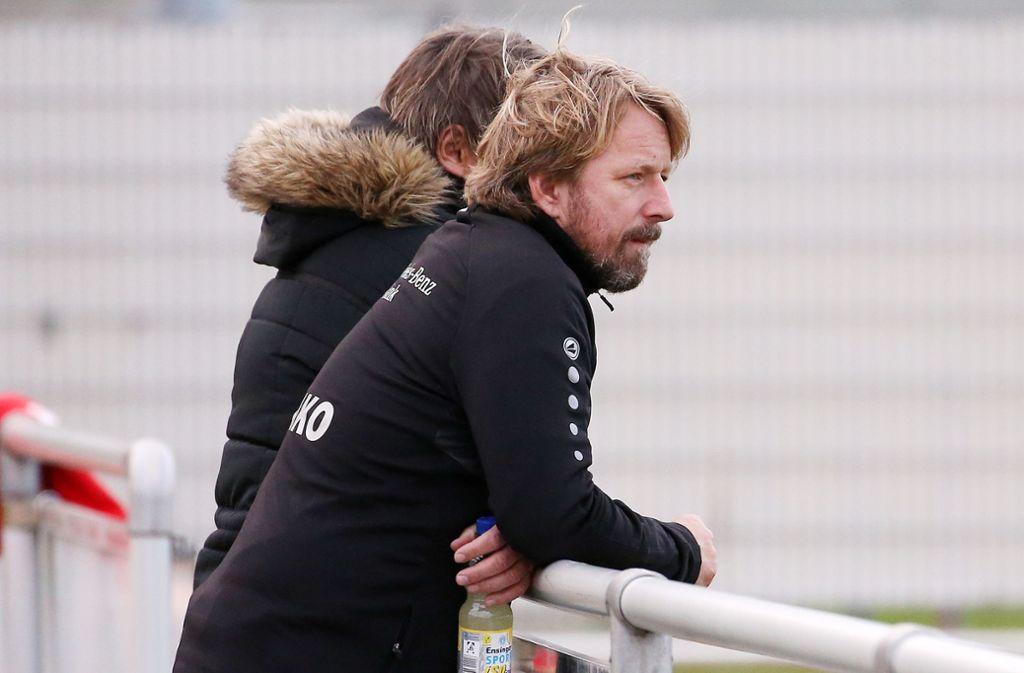 VfB-Sportdirektor Sven Mislintat sieht das Team gut aufgestellt. Foto: Pressefoto Baumann/Julia Rahn
