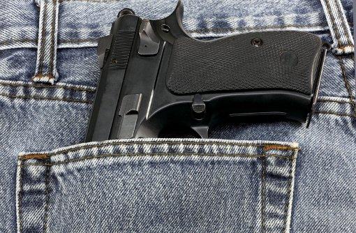 3.7.: Mann mit Pistole löst Großeinsatz aus