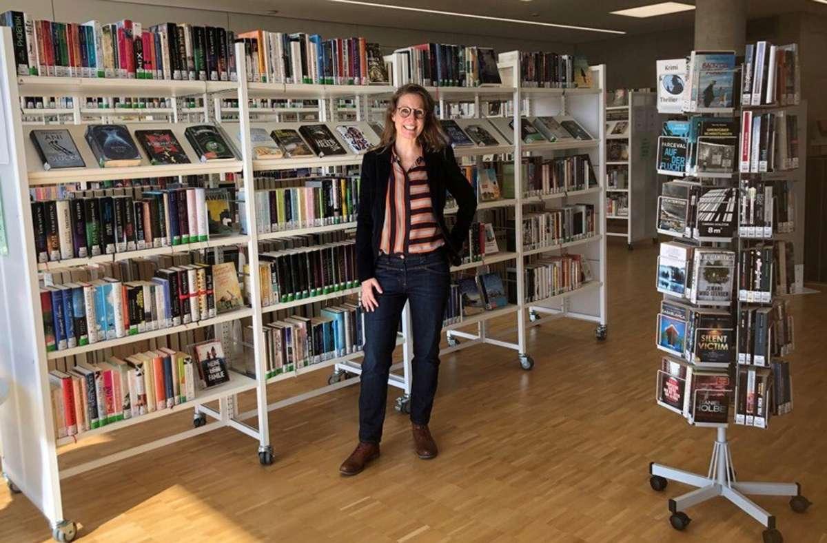 Evelyn Bachmann an ihrer neuen Wirkungsstätte in Renningen Foto: Stadt Renningen