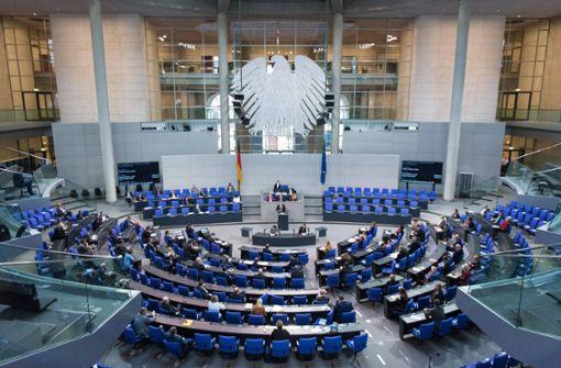Bundestag will sich Rechte zurückholen