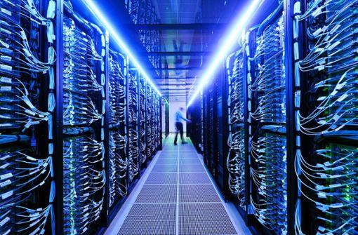 Forschungsuni nimmt Superrechner offiziell in Betrieb