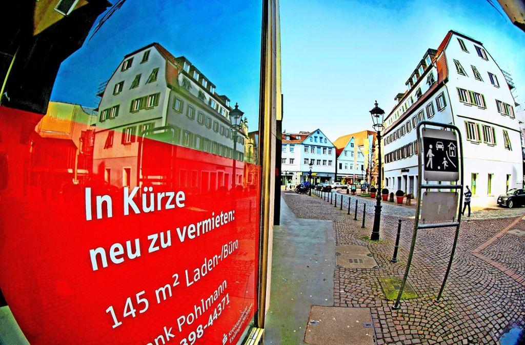 Bislang kann man  hier noch einmal rund um den Block fahren. Foto: Horst Rudel