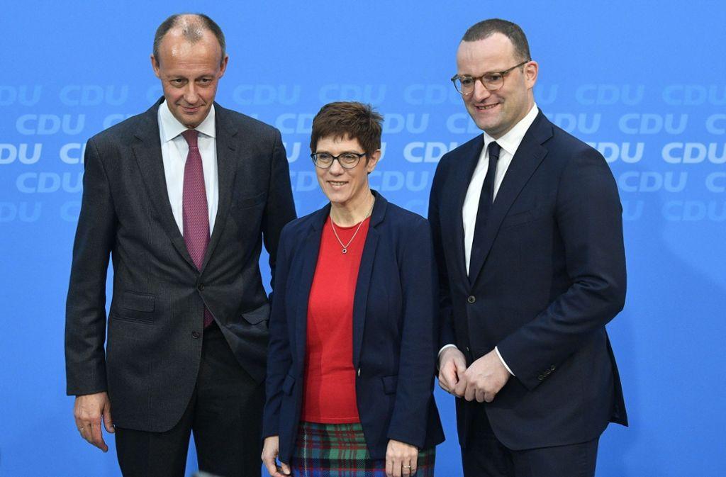 Friedrich Merz, Annegret Kramp-Karrenbauer und Jens Spahn (von links) Bewerben sich um den Posten als CDU-Vorsitzender. Foto: AFP