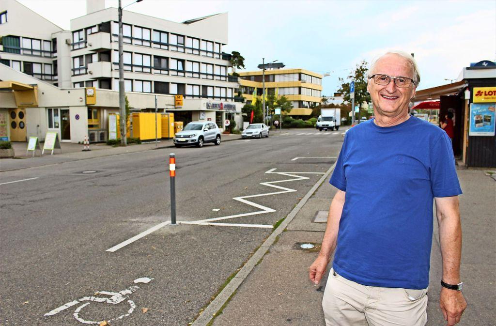 Ulrich Berger hat eine andere Idee für das Problem am Wollgrasweg. Foto: Caroline Holowiecki