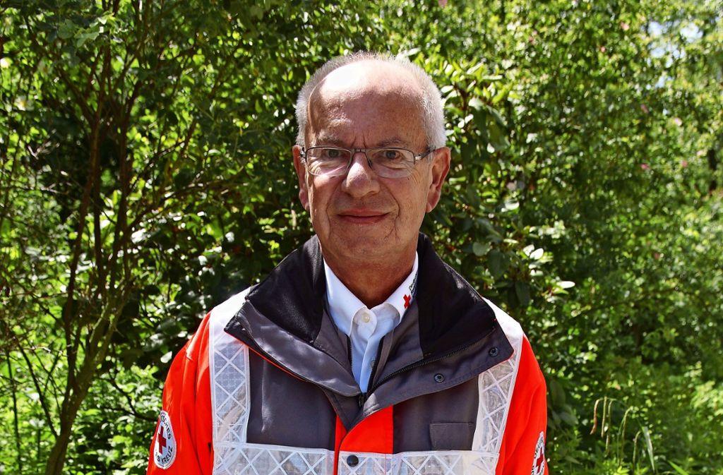 Dieter Lutz ist Rettungssanitäter beim Deutschen Roten Kreuz in Stuttgart-Vaihingen. Foto: Waltraud Daniela Engel