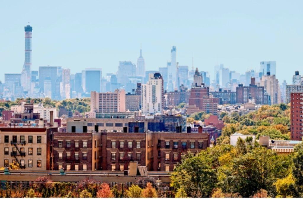 Das 432 Park (links) überragt die Skyline, auch  das Empire State Building (Mitte). Foto: picture-alliance Foto: