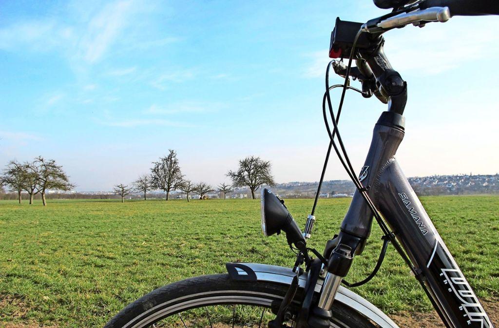 Bei einer Radtour auf den Fildern hat man oft einen schönen Blick. Foto: Malte Klein