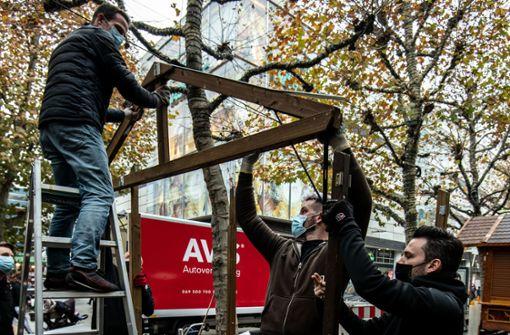 Adventszauber in der City wird aufgebaut