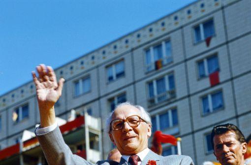 Honeckers Orden dürfen zurück in den freien Verkauf