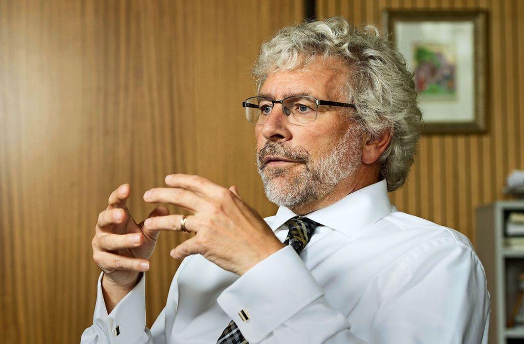 Herbert Landolin Müller sieht den Dialog mit Milli Görüş kritisch. Foto: dpa/Sebastian Kahnert