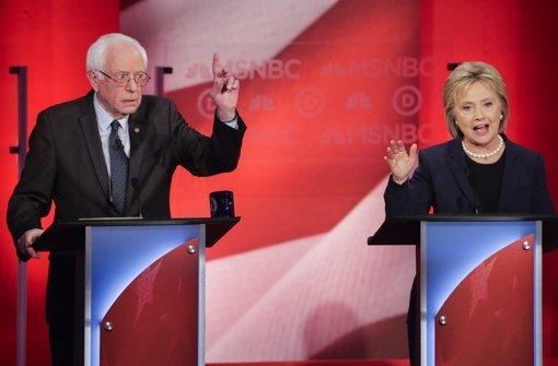 Beim TV-Duell gehen sich Clinton und Sanders an