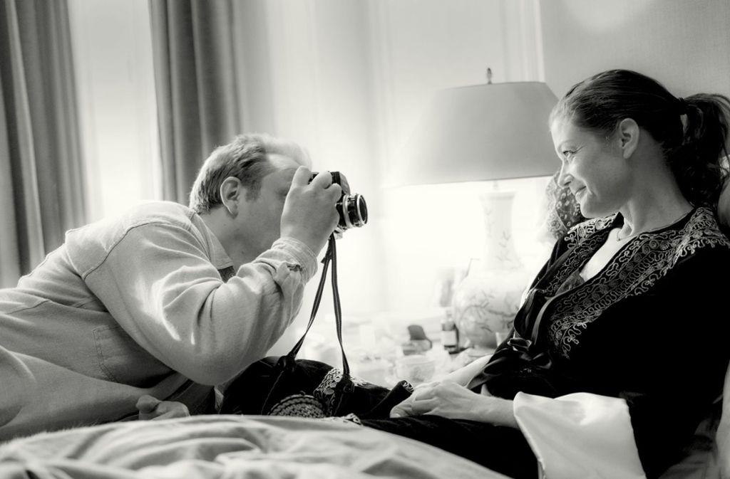 Freundschaftliche Gefühle schamlos ausgenützt: Charlie Hübner als  Fotograf Robert Lebeck, Marie Bäumer als Filmdiva Romy Schneider Foto: Prokino